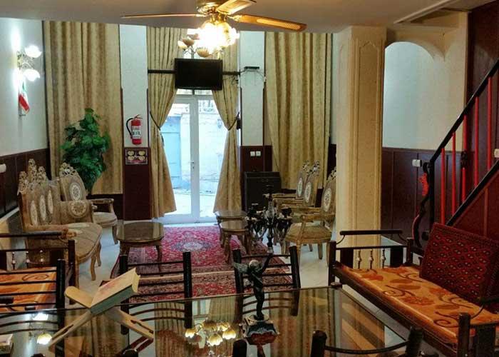 سوئیت های شمالی هتل آپارتمان هخامنشیان پارتاک اصفهان