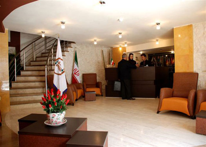 لابی هتل آپارتمان پارتیکان اصفهان