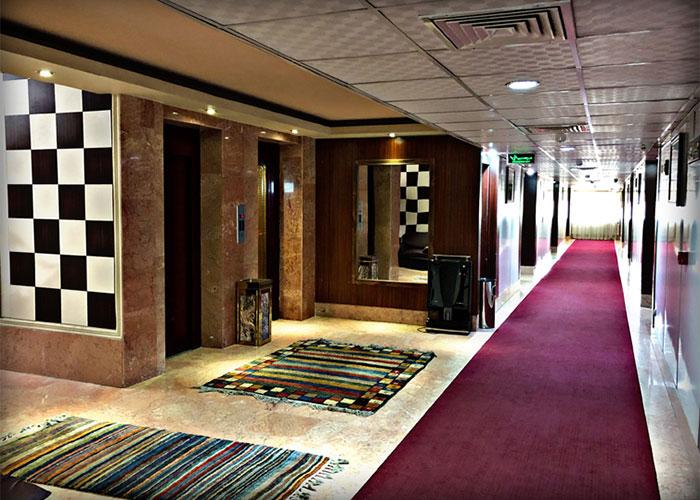 راهرو هتل پرسپولیس شیراز