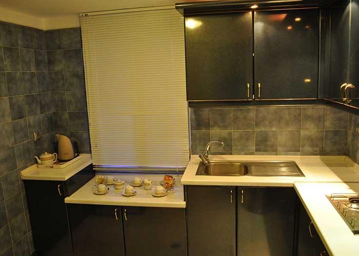 آشپزخانه داخل اتاق