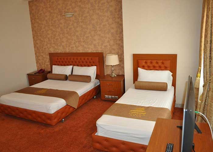 اتاق سه تخته هتل پتروشیمی تبریز