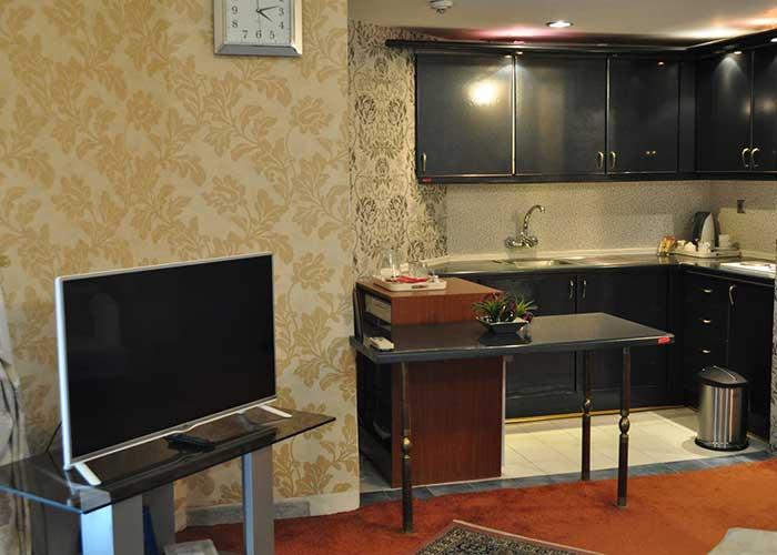 امکانات داخل اتاق هتل پتروشیمی تبریز