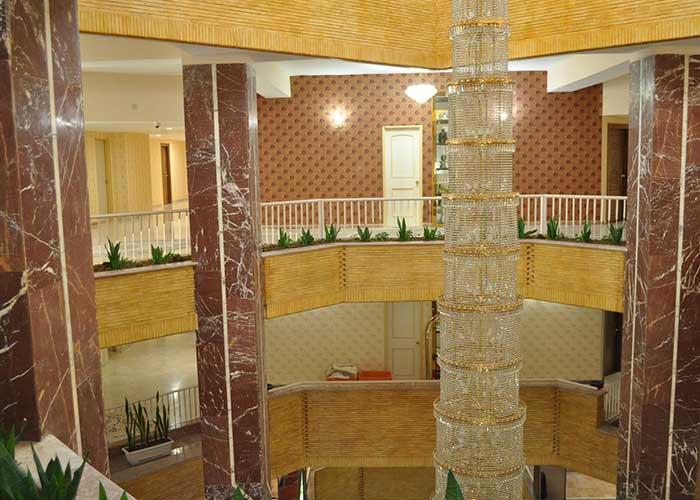 لابی هتل پتروشیمی تبریز