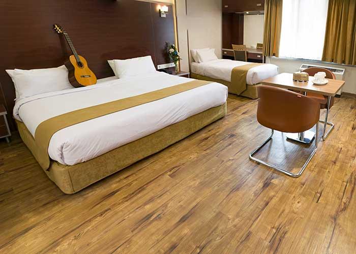 اتاق سه تخته هتل پیروزی اصفهان
