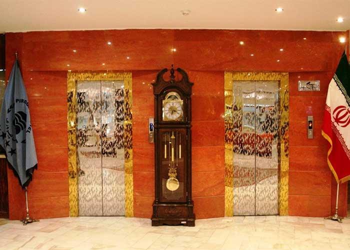 آسانسور هتل پیروزی اصفهان