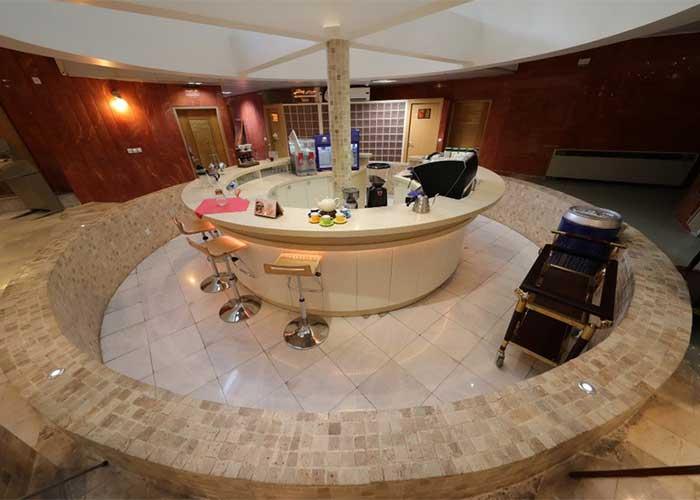 کافی شاپ هتل پیروزی اصفهان