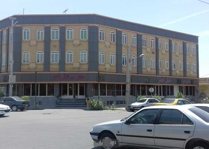 ساختمان هتل قصر ایرانشهر