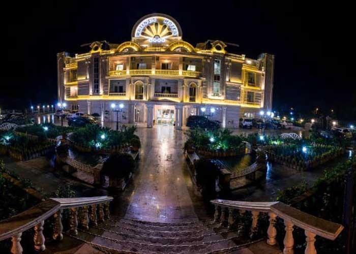 هتل راتینس ماسال در شب