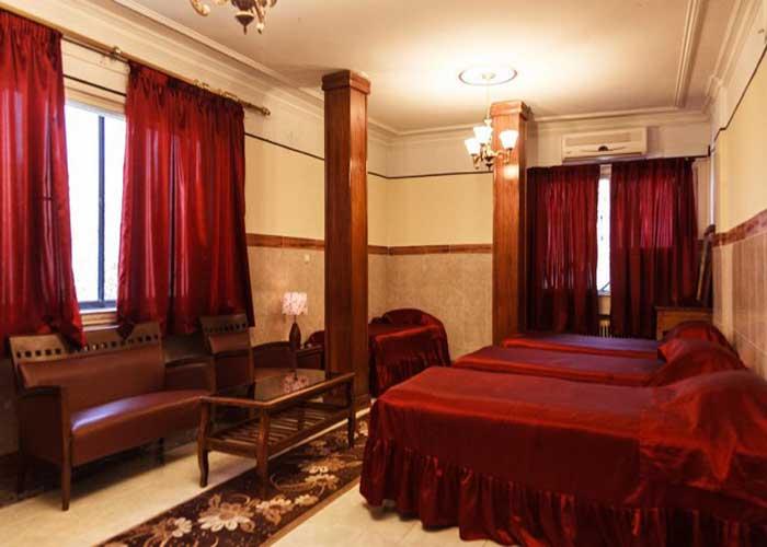 اتاق سه تخته هتل آپارتمان رازی تهران