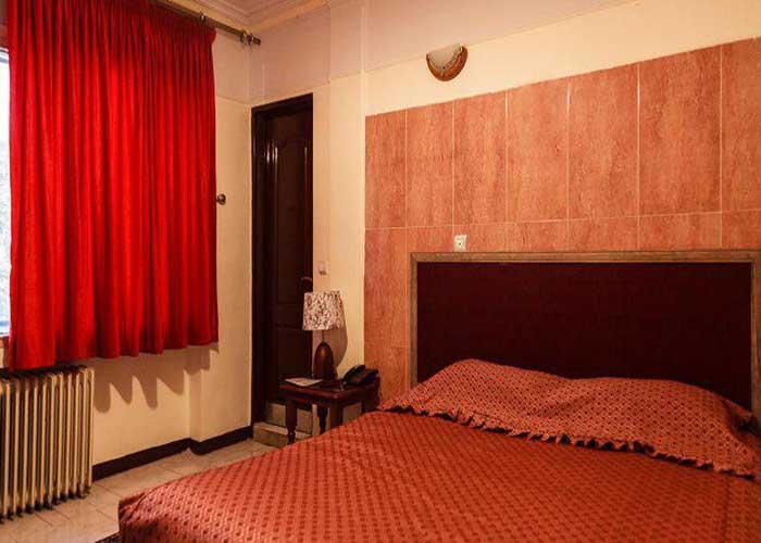 اتاق دو تخته هتل آپارتمان رازی تهران