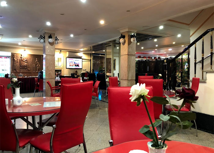 رستوران هتل آپارتمان رازی تهران