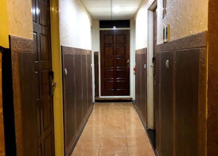 راهرو طبقات هتل آپارتمان رازی تهران