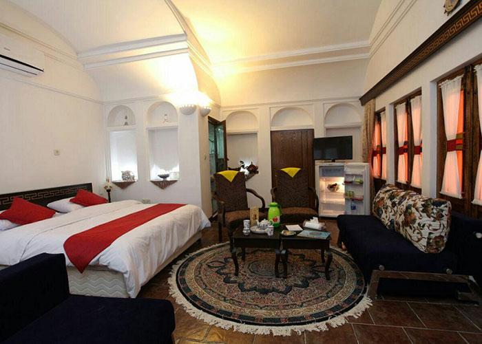 دبل هتل سنتی رویای قدیم یزد
