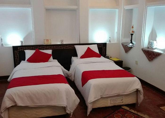 توئین هتل رویای قدیم یزد