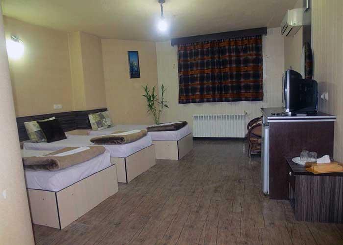 اتاق سه تخته هتل صبا اصفهان