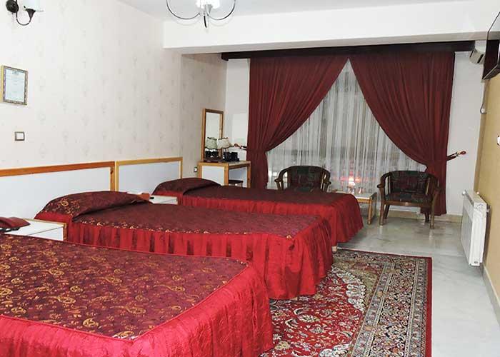 اتاق سه تخته هتل جهانگردی سبزوار