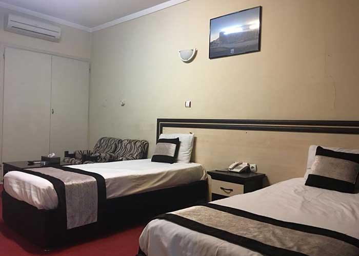 دو تخته توئین هتل صدرا شیراز