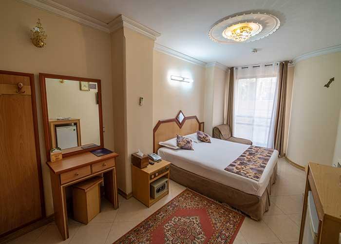 دو تخته رویال هتل صفوی اصفهان
