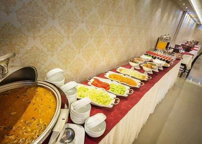 میز رستوران هتل سهند 2 مشهد