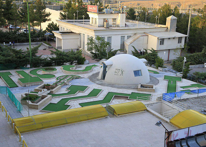 زمین گلف هتل ثامن مشهد