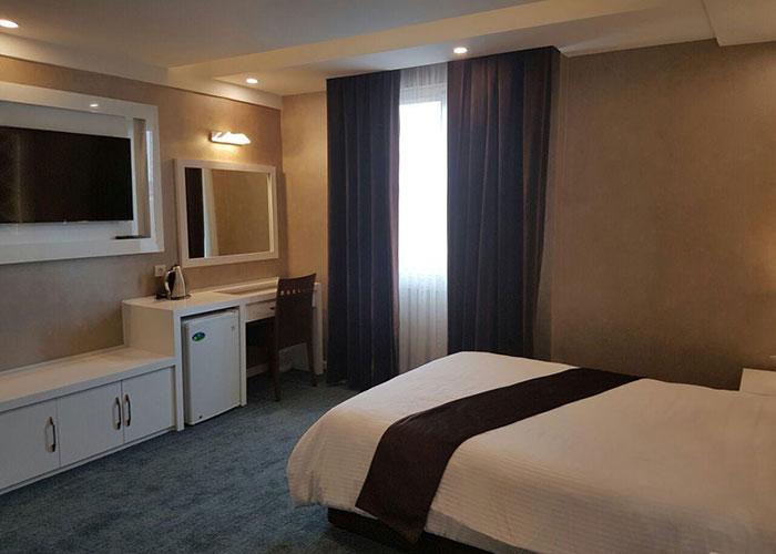 اتاق یک تخته هتل ثامن مشهد