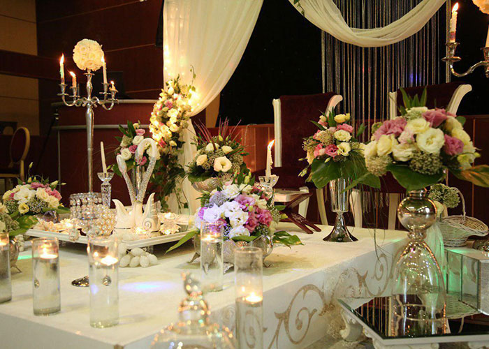 میز رستوران هتل ثامن مشهد
