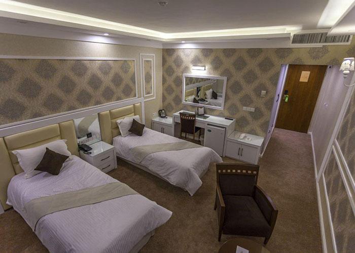 اتاق دو تخته توئین هتل ثامن مشهد