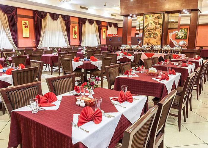 رستوران هتل ثامن مشهد