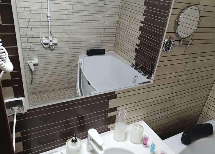 حمام هتل ساران شهمیرزاد