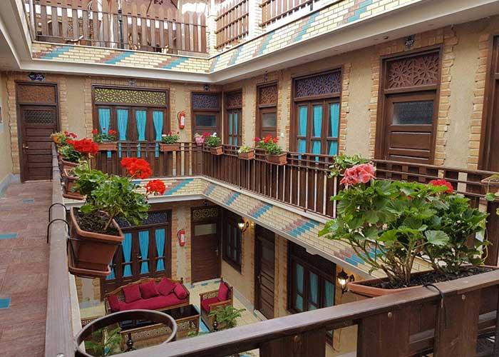 بالکن هتل سرای اردیبهشت اصفهان