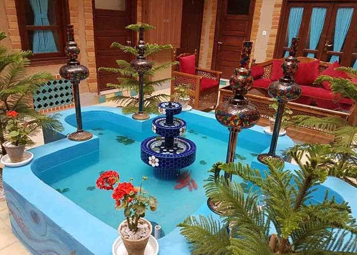 حوض هتل سرای اردیبهشت اصفهان