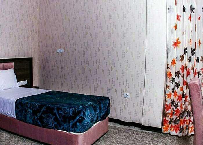 هتل آپارتمان سروناز شیراز