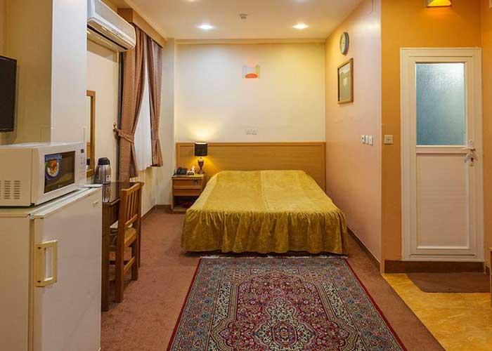 سوئیت دو تخته هتل ساسان شیراز