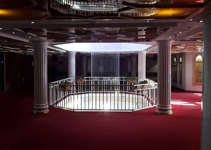 نمای داخلی هتل شهر تهران