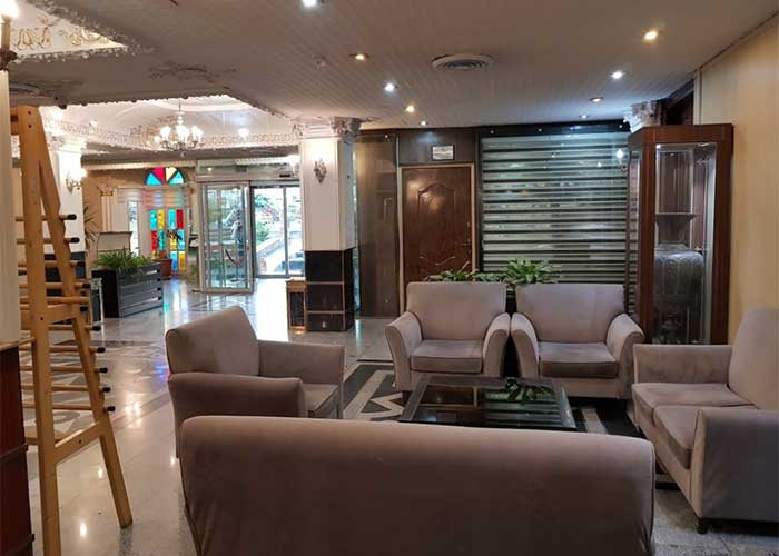فضای لابی هتل شهر تهران