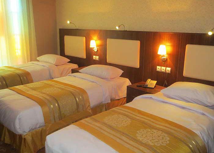 اتاق سه تخته هتل شهر تهران
