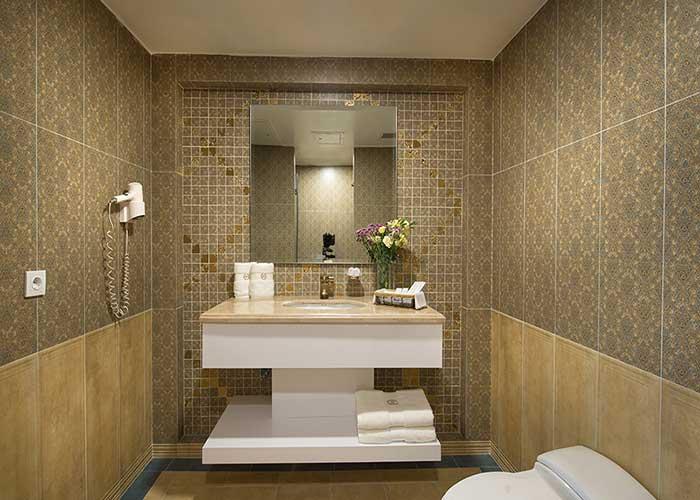 سرویس بهداشتی اتاق هتل شهریار تبریز