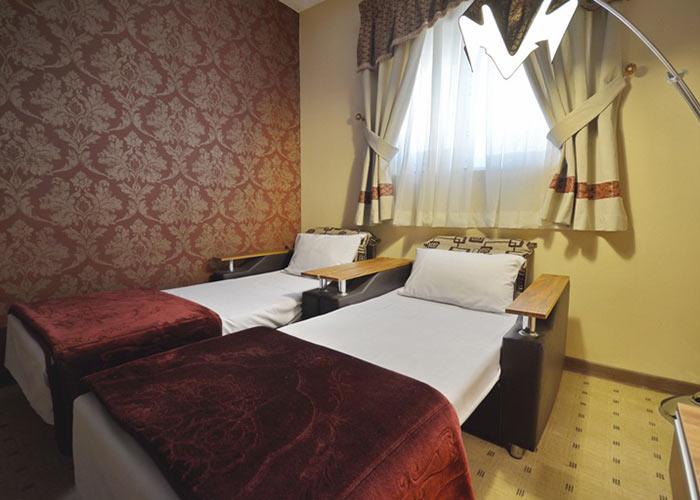 سرویس اضافه هتل لطفعلی خان شیراز