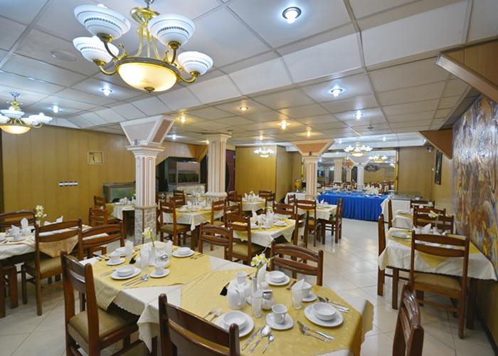 رستوران هتل لطفعلی خان شیراز