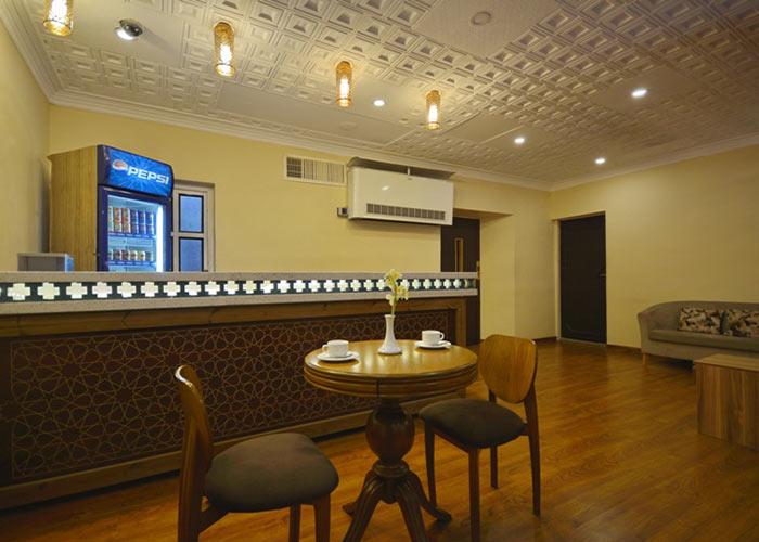 کافی شاپ هتل لطفعلی خان شیراز