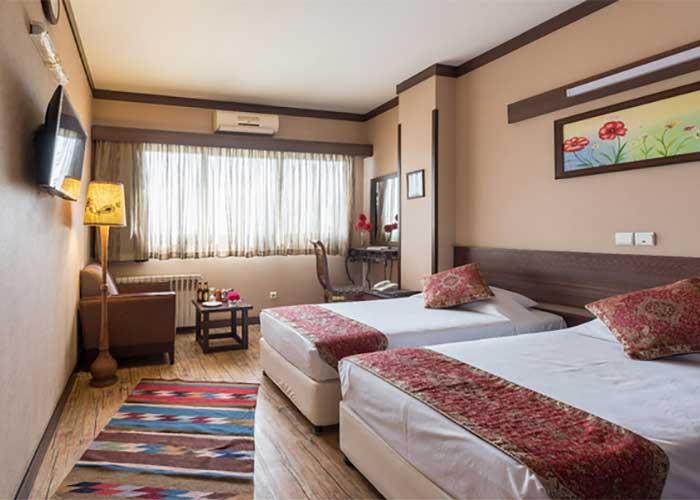 دو تخته توئین هتل شیخ بهایی اصفهان