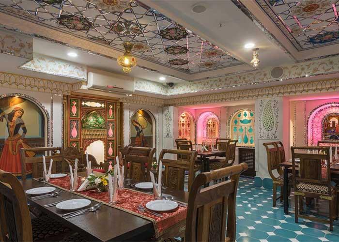 رستوران سنتی هتل شیخ بهایی اصفهان