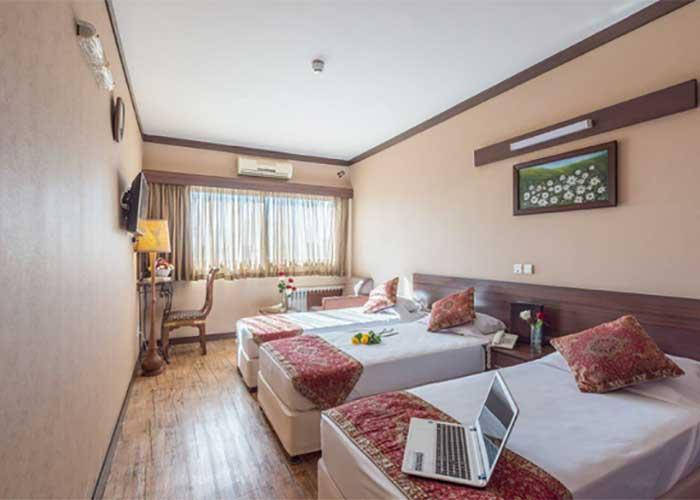 سه تخته توئین هتل شیخ بهایی