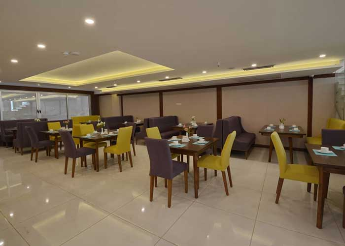 کافی شاپ هتل شیرازیس شیراز