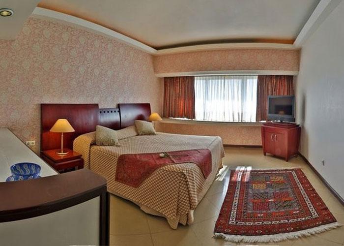 دو تخته استاندارد هتل هما شیراز