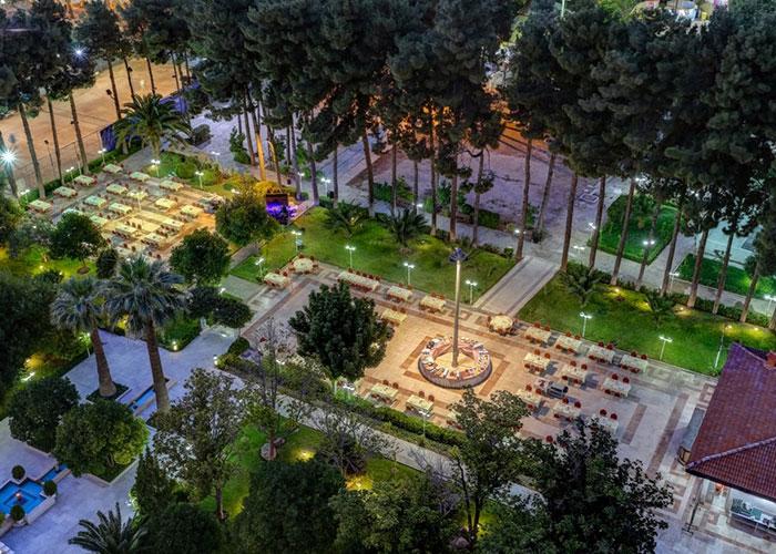 رستوران فضای باز هتل هما شیراز