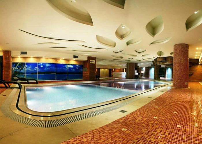 استخر بانوان هتل بزرگ شیراز