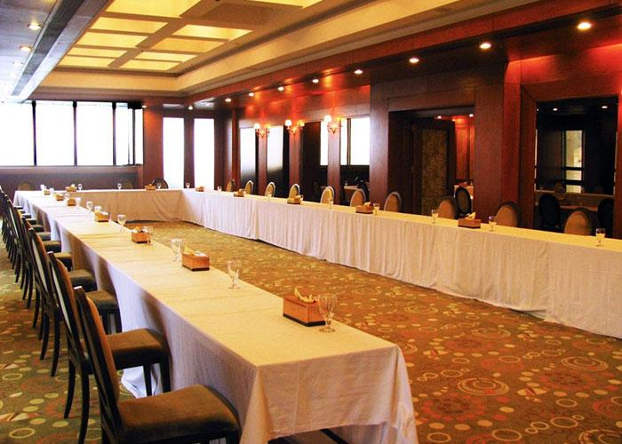 سالن همایش هتل بزرگ شیراز