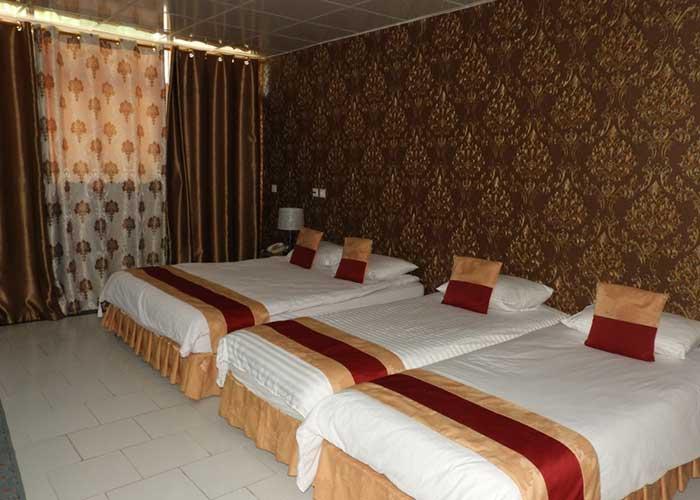 اتاق چهار تخته هتل سیمرغ کیش