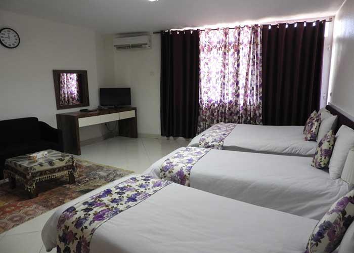 عکس اتاق چهار تخته هتل سیمرغ کیش